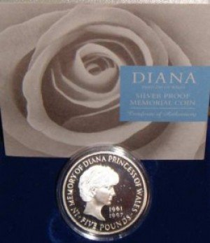 gb5pound1999 Princess Dianas Death and Memorial: The Occult Meaning