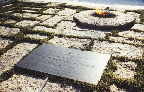 jfk grave1 Princess Dianas Death and Memorial: The Occult Meaning