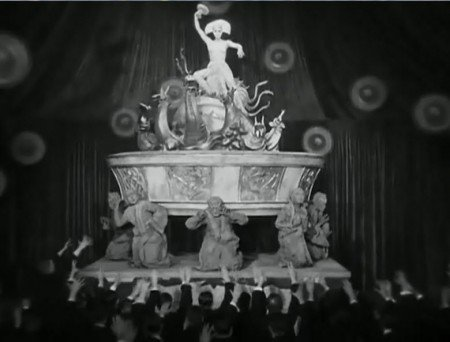 """metro45 e1288065595950 The Occult Symbolism of Movie """"Metropolis"""" and its Importance in Pop Culture"""