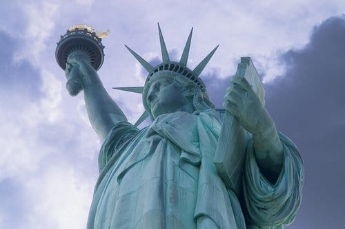 The power of Symbolism - Page 2 Statue-of-liberty-2