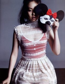 Model So Hee photoshoot in Nylon Magazine. Yup, the good ol' combination of one-eye and Mickey Mouse.