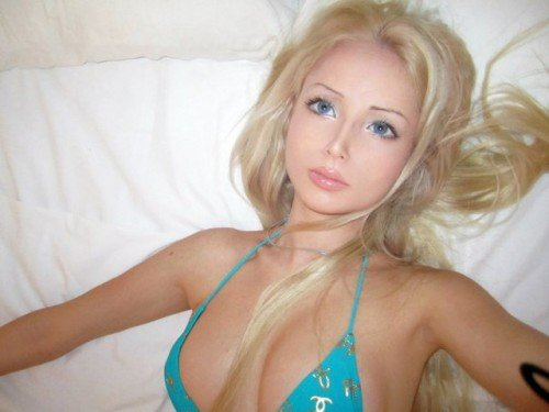 Symbolic Pics of the Month real life barbie 61 e1335898464882
