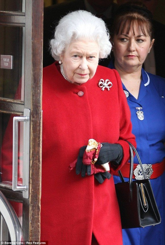 Why is Queen Elizabeth's Nurse Wearing a Masonic Belt?
