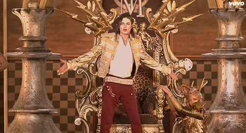 Then things become extremely Masonic. The entire background behind MJ becomes a checkerboard pattern - the ritualistic floor in Masonic lodges.