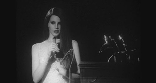 Lana Del Rey Says She Wants to Join the 27 Club
