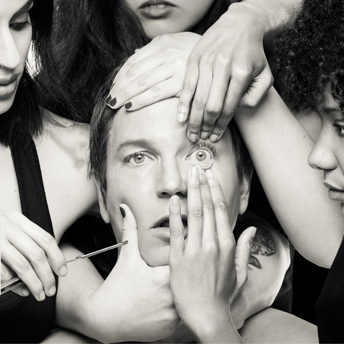 Third Eye Blind is back from the '90s and this is the art associated with their new album? Is he about to get his eye taken out?