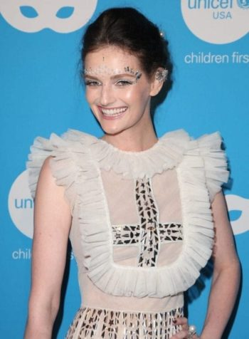 will forte lydia hearst claire holt get dressed up for unicefs masquerade 22 e1572026439531 Inside UNICEF's Bizarre 2018 Masquerade Ball