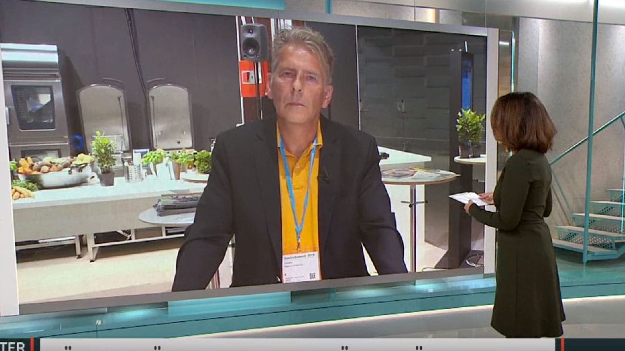 "Scientist Proposes Cannibalism to ""Save the Climate"" on Swedish TV"
