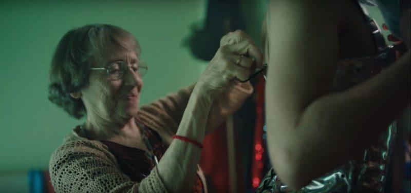 Sprite Argentina Ad Features Parents Helping Their Children Cross-Dress
